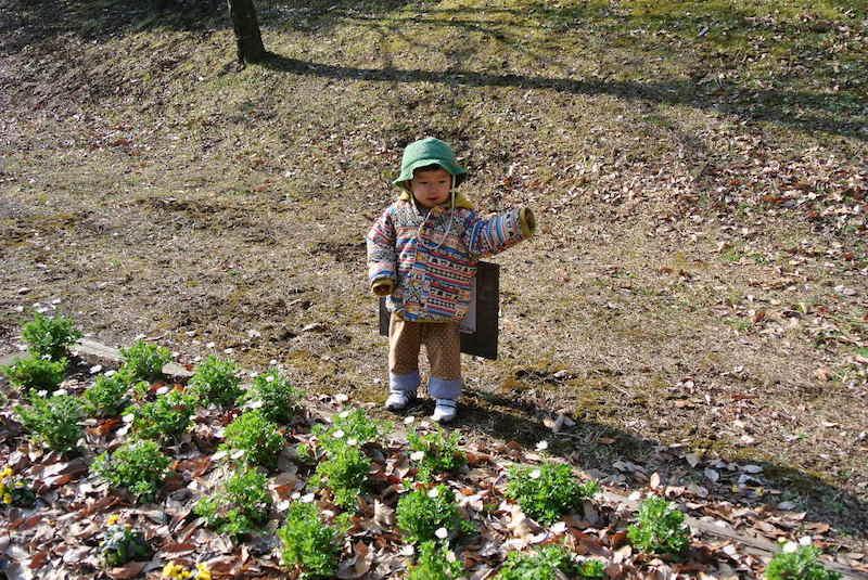 園の帽子はおそろいで。協賛スポンサーからの環境配慮素材のもの