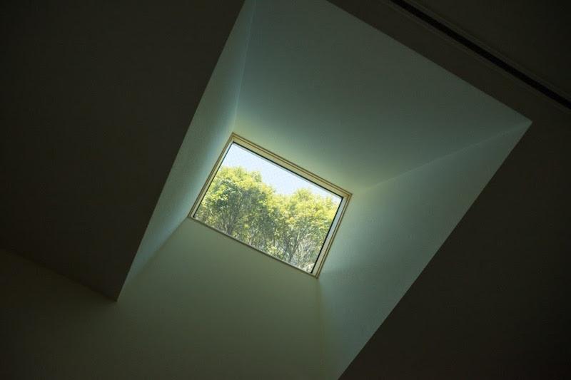 (完成後)天窓はもともとついていた位置から移動。さらに、北側で暗かった部屋にもつけて、明るさを確保した