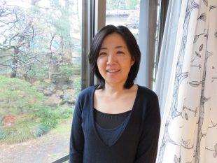 取材前日も金沢に行っていたという「こども映画教室」代表の土肥悦子さん。疲れを見せず、映画への想いを熱く語ってくださった(撮影:平本奈央子)