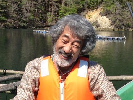 NPO法人森は海の恋人の代表で、牡蠣養殖家の畠山重篤さん。東日本大震災に向き合ってきた畠山さん、彼の魂と海の復活劇を第八番で見られる(写真:(c) Jin Tatsumura Office Inc.)