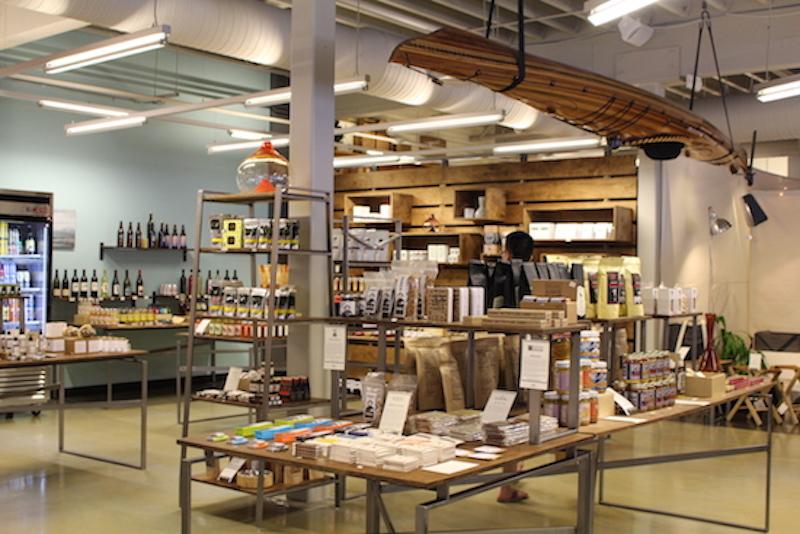 Made HERE PDXはポートランドで生まれたファッションやクラフト、食品やコスメのブランドを扱う専門店。質の良いお土産品をゲットできる