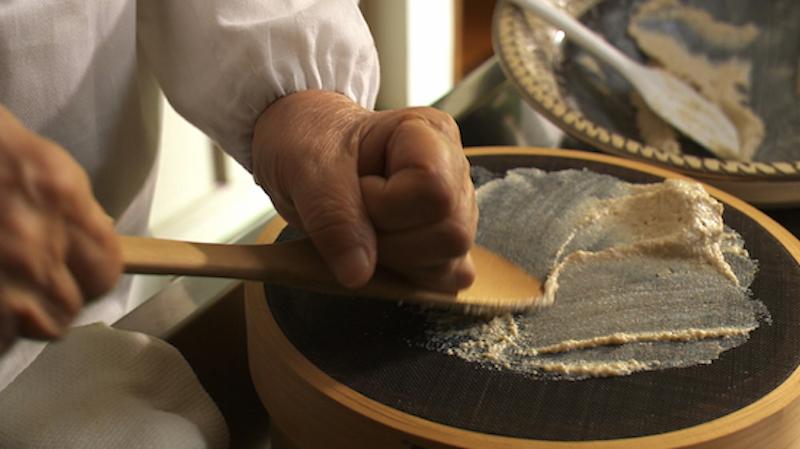 """『天のしずく 辰巳芳子""""いのちのスープ""""』より (C)2012天のしずく製作委員会"""