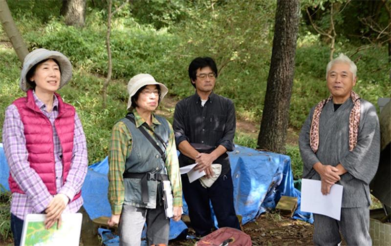 「恩田の谷戸ファンクラブ」のメンバーの方々。一番左が今回の講師の藤田廣子さん