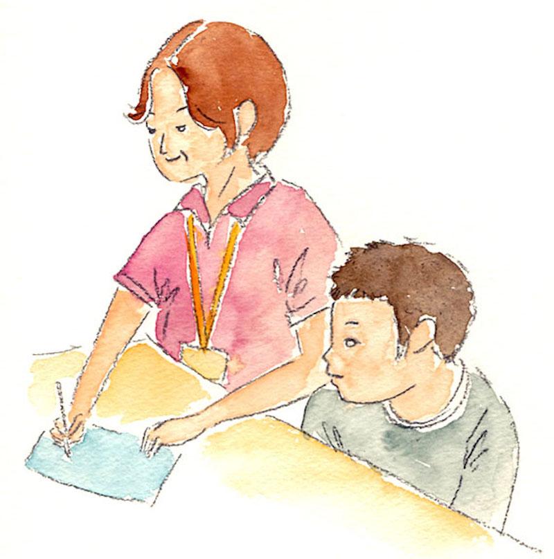 セイちゃんと木村先生が校長室で穏やかに会話をするシーン。ただ優しく接するだけでなく、時には厳しく突き放したような言い方をしながらも、先生がセイちゃんをとても温かく見守っている様子が伝わってきた(イラスト:ながたに睦子)