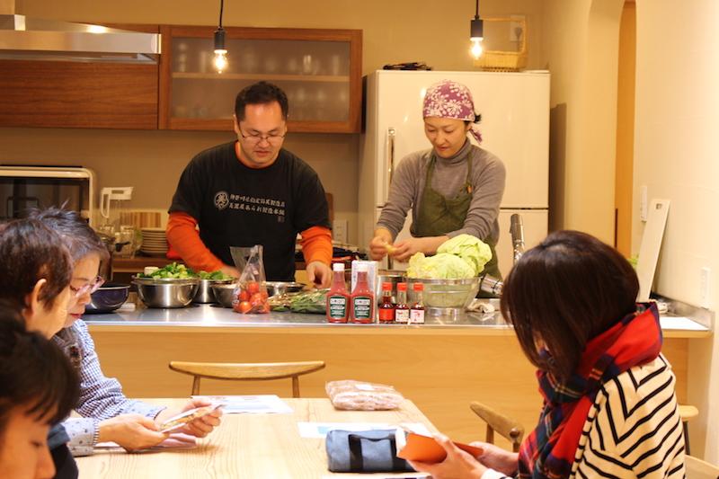 森ノオト料理部の大西香織さんが居るキッチンはいつもどこでも、安心と美味しい予感に包まれる