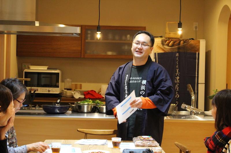 横浜で出会った人、もの、歴史……。小森さんの「横浜語り」に引き込まれる